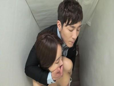 ออฟพี่สาวในห้องน้ำแอบเย็ดนางเกาหลีหีฟิตนมสวยขาวหีเนียนได้อารมณ์เงี่ยนๆไป10โหลก XxX  เต็มเรื่องไม่ตัดแตกในด้วย หนังเอ็กav