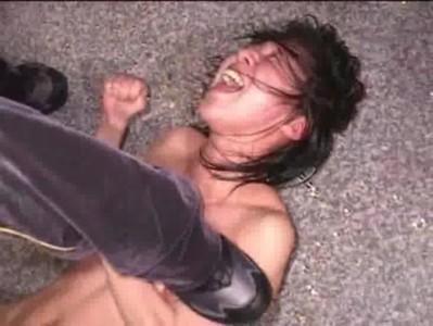 หนังอาร์ญี่ปุ่นแนวขืนใจดาราเล่นดีนอนร้องไห้โดนGangbangกระหน่ำเย็ดจนบวม แถมน้ำว่าวเงี่ยนๆแตกในอีกเสียวๆ หนังโป๊