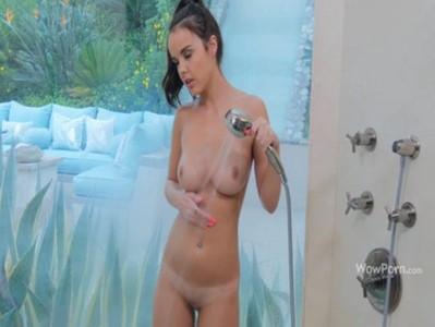 สาวหีแฉะอาบน้ำรอผัวมาเย็ดถึงบ้าน งานนี้เงี่ยนหีสุดๆโทรตามผัวมากระแทกโหนกหี โดนเย็ดหีแดงๆจนครางเสียว สอนเย็ด