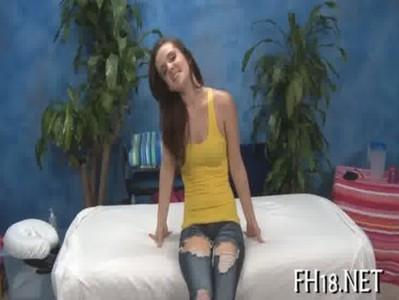 คลิปโชว์ Porn ของสาวสวยตัวน้อยๆหน้าหวานสุดยอดจริงๆ เปิดซิง